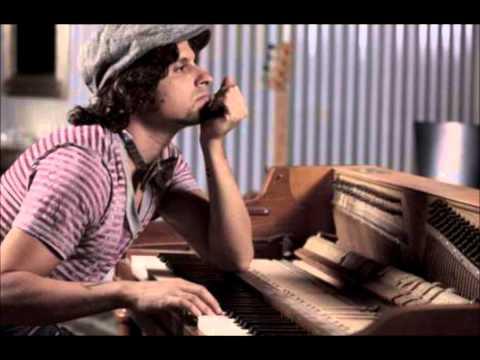 LA UNICA INTERPRETADA POR SERVANDO PRIMERA (SERVANDO Y FLORENTINO): LA UNICA INTERPRETADA POR SERVANDO PRIMERA (SERVANDO Y FLORENTINO) Musica y letra escrita por Alex Baldeon