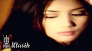 Download lagu Nadila - Salahkan Aku (Official Karaoke Video)