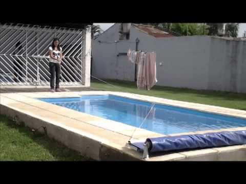 Tapas para piscinas electricas youtube for Piscina u de chile