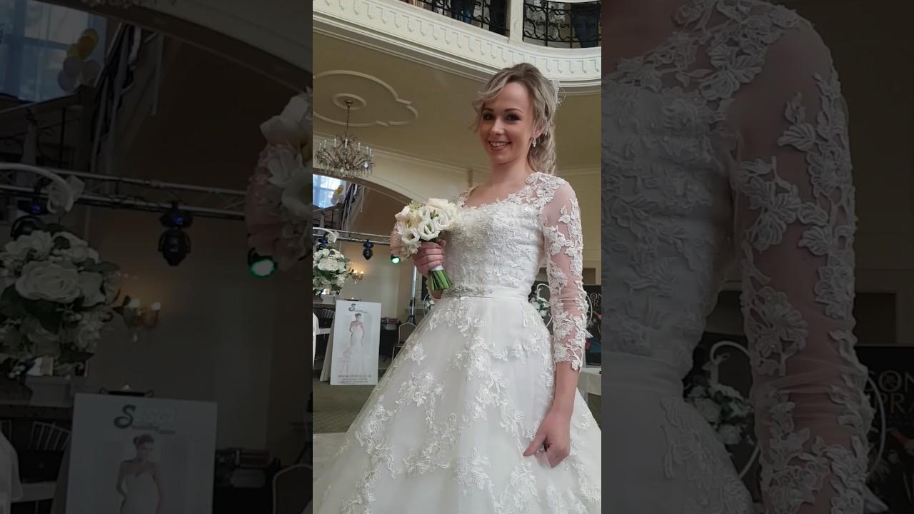 8cd2195aa62a Svadobný veĺtrh -módna prehliadka 2017 Salon Sissi Poprad. Svadobné šaty ...