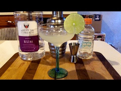 How To Make A Daiquiri Cocktail / Mixed Drink ✩ ORIGINAL RECIPE INCLUDED ✩ DJs BrewTube