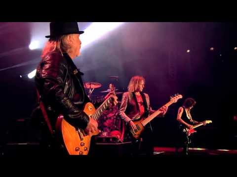 aerosmith-i-don't-want-to-miss-a-thing-&-no-more-no-more-live-rocks-donington-2014