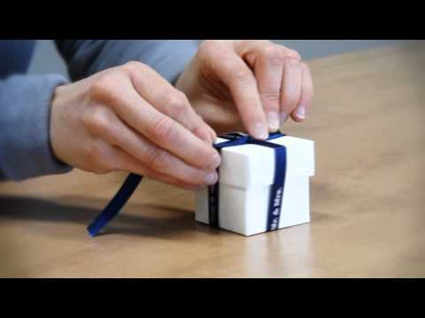 Weddingstar - How to Tie a Double Ribbon Wrap Bow