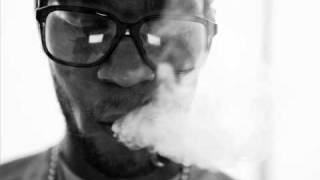 Kid Cudi ft. Snoop Dogg - I do my thing (lyrics)