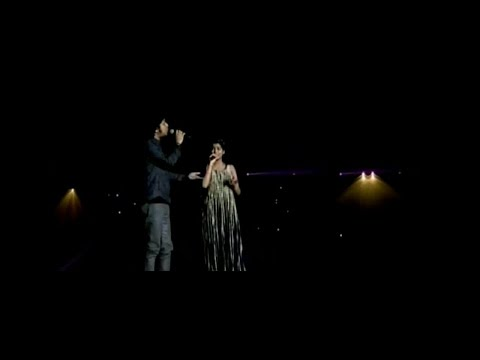 Moh moh ke dhage by Nahid Afrin and Papon live hd video