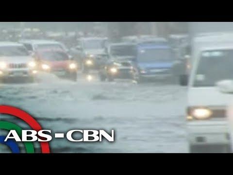 Bandila: Ilang lansangan sa Metro Manila, abot-baywang ang baha