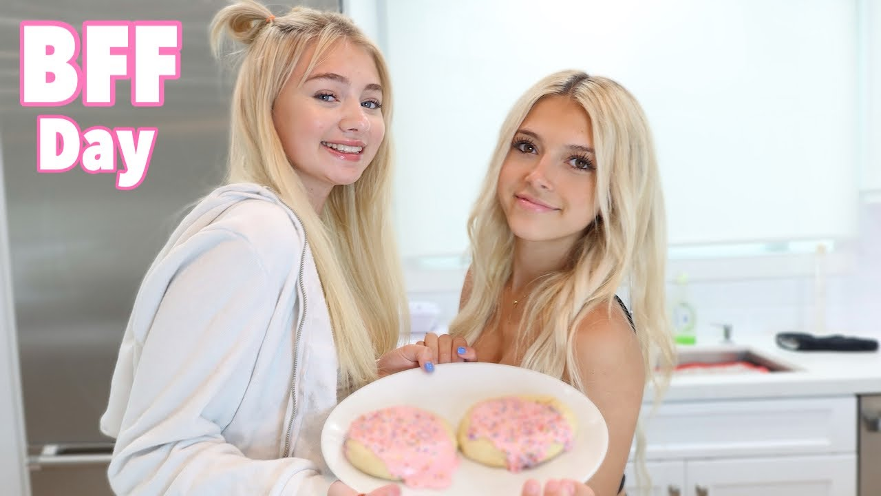 BFF Baking Challenge ** GONE WRONG**   Crumbl Cookie   Coco Quinn