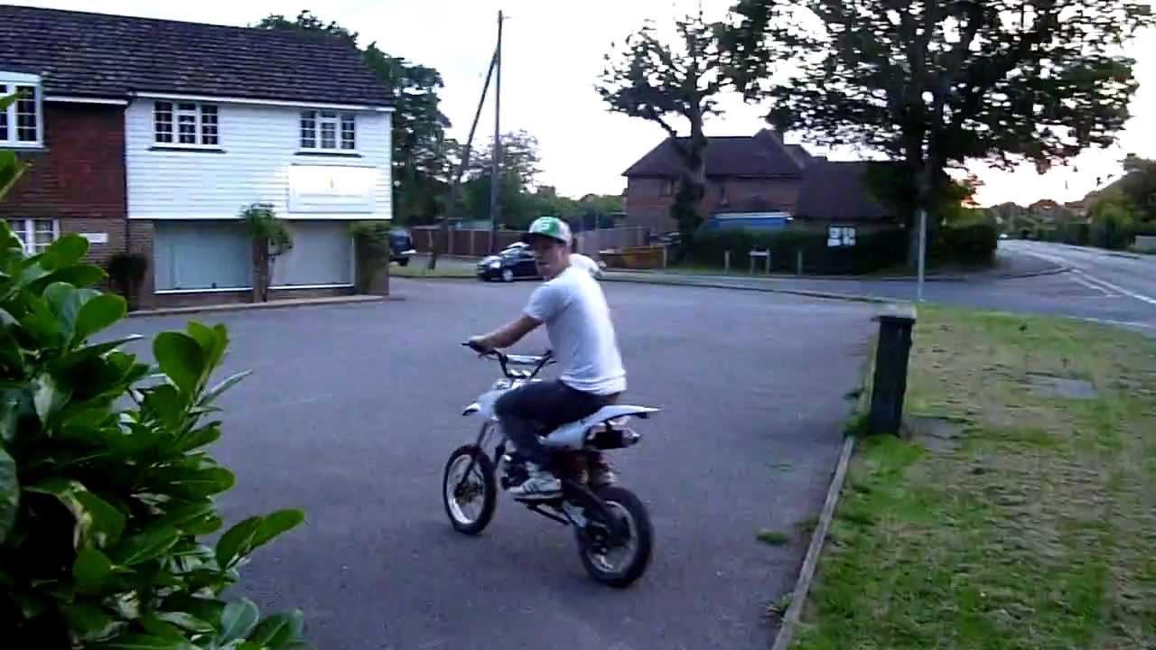 Akuma Assassin 110cc Pit Bike Youtube