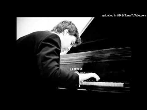 Misha Krivoruchko plays Mozart-Fantasy and Fugue (II)