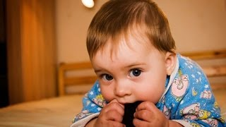 Ребенку 8 месяцев. Развитие и уход.