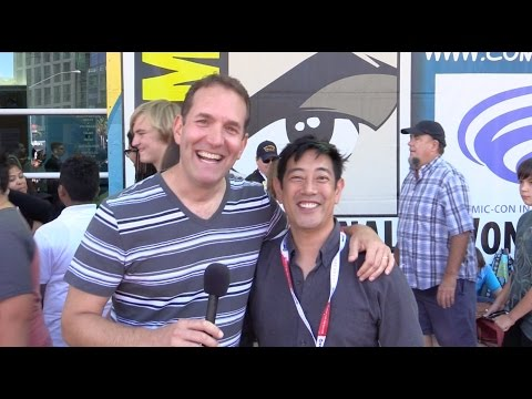 Trolling Grant Imahara Of MythBusters - Comic-Con 2015