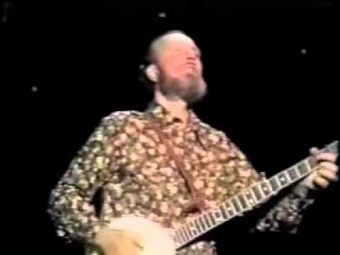 Pete Seeger on the Johnny Cash Show