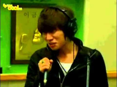 20110316 KBS 2FMリ・スヨンのミュージックショー★1秒に1滴.flv