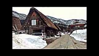 三月半ば過ぎても雪に覆われている 合掌造り 白川郷 越中五箇山.