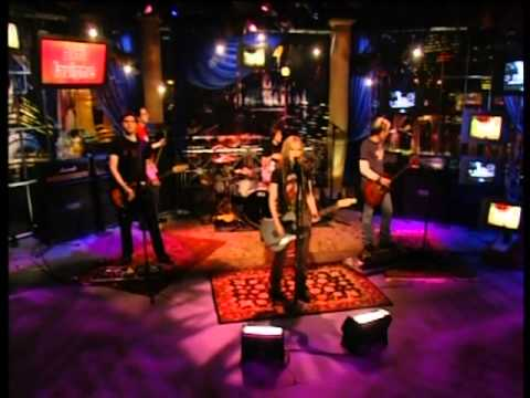 Download Avril Lavigne - Don't Tell Me+interview live @ HBO OnThe Record [5.28.04] [HQ]
