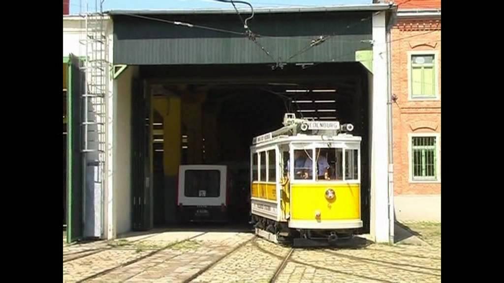 "Salzburger Stadtbahn Tw 4 ""Eierspeis"" im August 2009 in Wien"