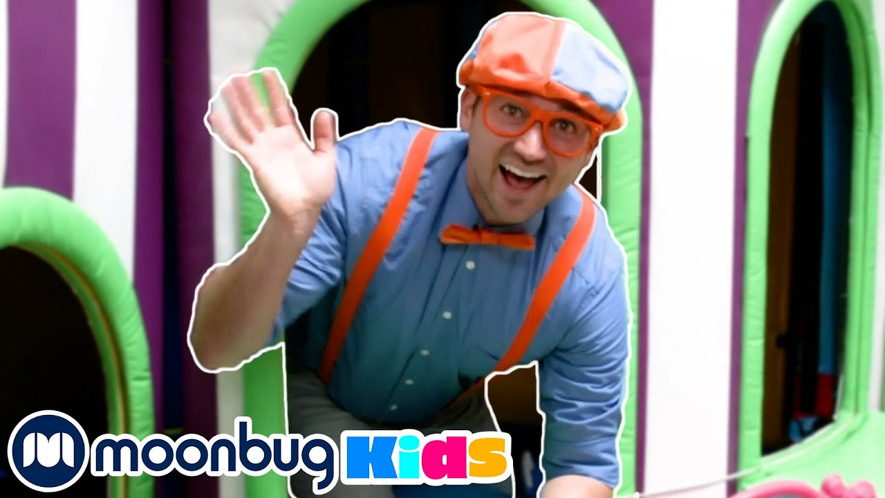 BLIPPI Visits Amy's Playground - Learning Colours | Moonbug Play and Learn