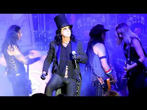 Alice Cooper Live 2017 at The Greek Los Angeles Halo Of Flies