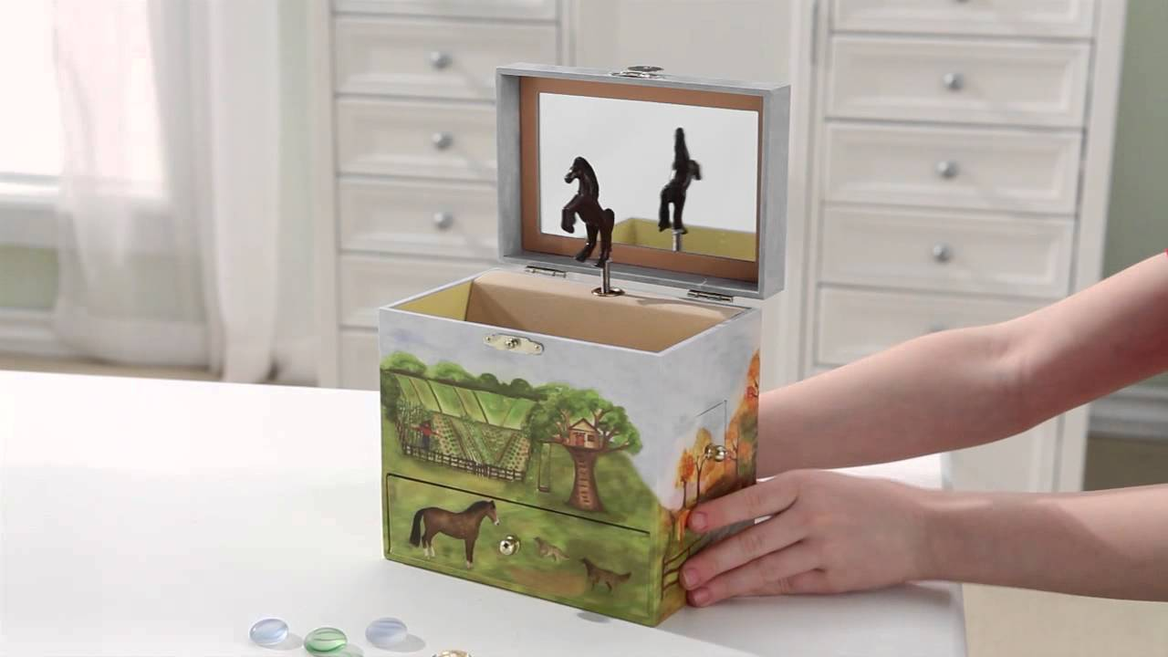 Horse Ranch Musical Treasure Box by Enchantmints from Reeves