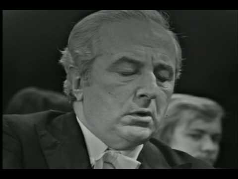 Yakov Flier plays Beethoven Piano Concerto no. 3 (Part 3/4).