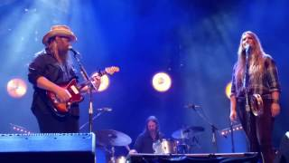 Chris Stapleton (and Morgane) - When The Stars Come Out (10/15/1016) Nashville, TN