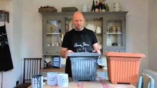 Annie Sloan Chalk Paint - Painting Plastic Plant Pots - Dovetails Tip 2