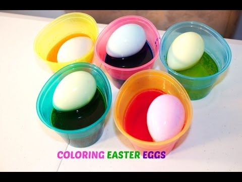 coloring-easter-eggs-with-sofia-the-first-and-hello-kitty-stickers|-b2cutecupcakes