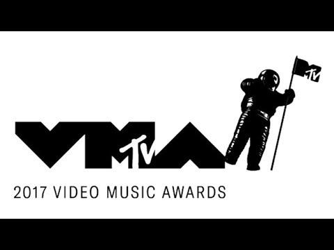 2017 MTV VMAs Review with Petty Draper