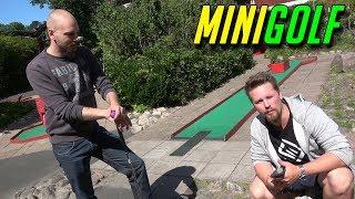MINIGOLF med SoftisFFS (Golf with friends IRL)