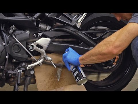 How To Properly Lubricate Your Chain | MC GARAGE TECH TIPS
