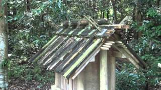 神麻績機殿神社 摂社、、、、、荒れ果てている 伊勢神宮125社の一つ 三重県松阪市井口中町675