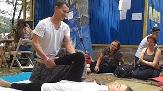Урок тайского массажа от Дмитрия Андреева. Фестиваль