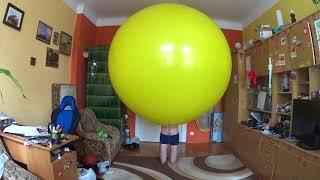 Video Climb in in yellow balloon download MP3, 3GP, MP4, WEBM, AVI, FLV Juli 2018