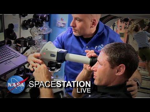 Perché gli astronauti perdono la vista nello spazio?
