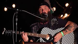 Download Lagu Tim Armstrong in a Tree - East Bay Night mp3