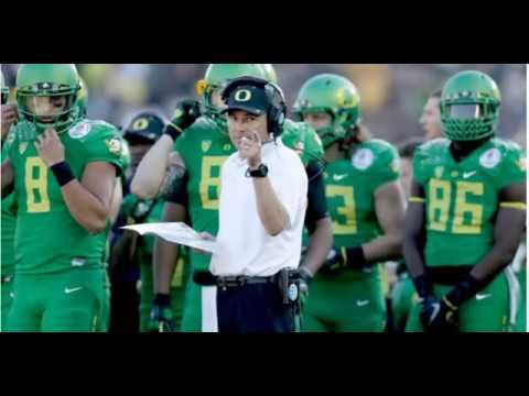 Oregon fires football coach Mark Helfrich , Sports News Online