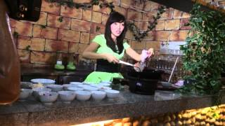 vuclip Strawberry cafe masak nasi goreng Strawberry by artist bell
