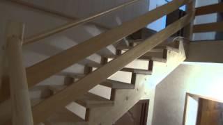 Деревянные лестницы второго этажа(Купить лестницу в Санкт-Петербурге по телефону 8 (812) 424-37-54, в Москве 8 (499) 704-47-62 elitwoodproducts.com лестницы деревянн..., 2014-06-18T19:16:13.000Z)