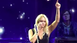 Miranda Lambert Stops Show, Moved To Tears by Soldier's Sign In The Crowd