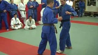 Seoi-nage fake to Kouchi-gari by Corwin Learned. At Cahill