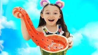 ÖYKÜ KARPUZ SLİME YAPTI Learn colors with Monkeys, Kid make Watermelon Slime Fun Video for children