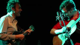 Chris Thile & Michael Daves Hornpipe Medley