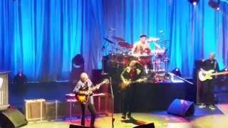 JOE BONAMASSA AND Larry Carlton. LIVE PARIS 2015.