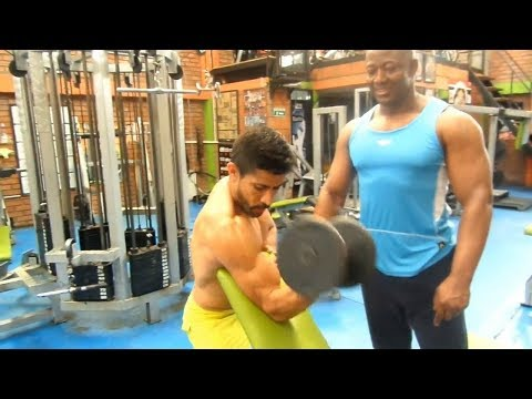 Rutina biceps con mancuernas