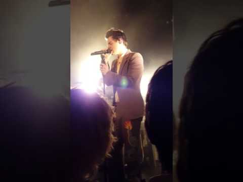Harry Styles Live Woman 5/17