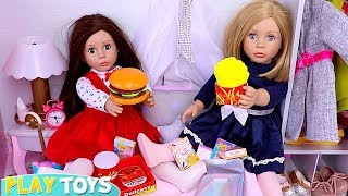 Bonnie and Pearl Sleepover Slumber Party with Snack Food Toys!