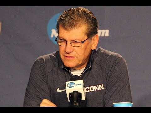 UConn's Geno Auriemma Reacts To Tweet from Dan Shaughnessy