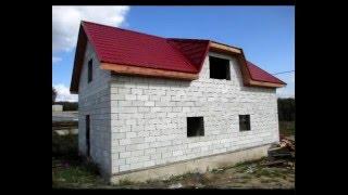 Строительство гаража с жилой мансардой(Строительство гаража с жилой мансардой на свайном фундаменте, стены с применением полистирол-бетонных..., 2015-12-22T13:56:13.000Z)