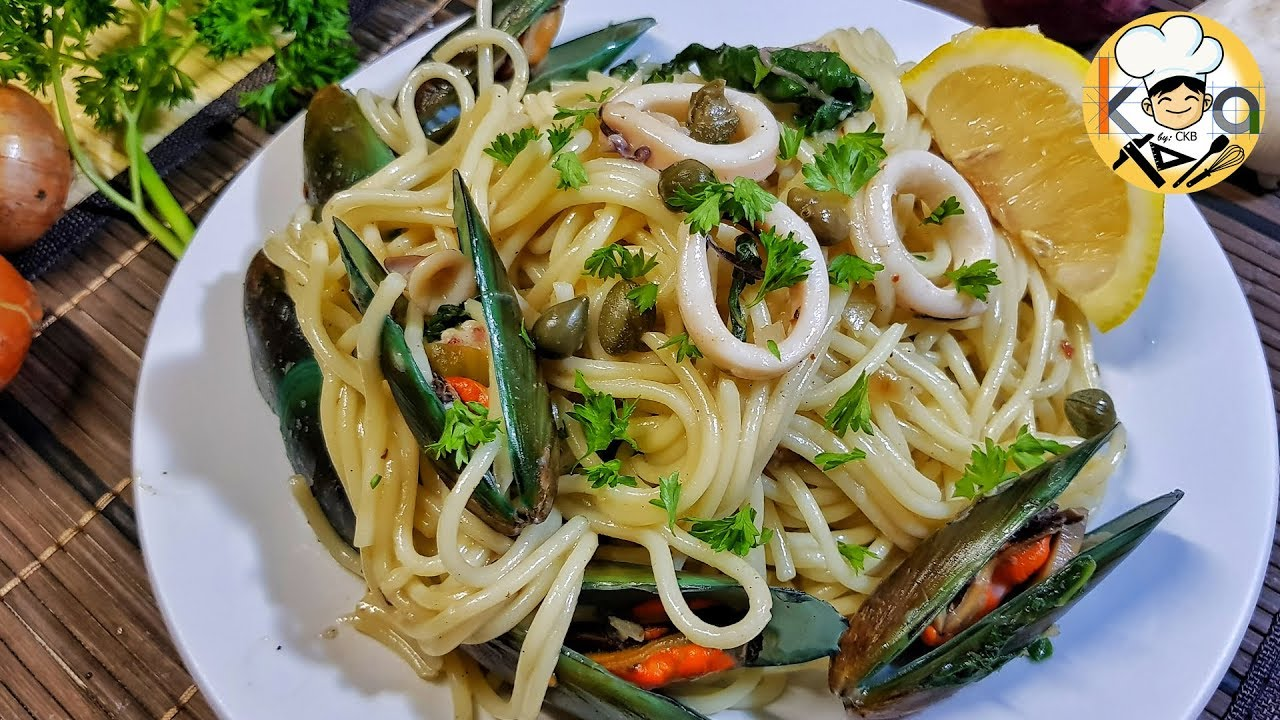 EASY SEAFOOD PASTA - YouTube