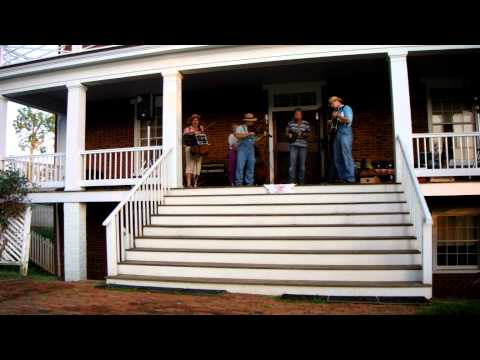 "Farm Use String Band ""Alabama Waltz"""